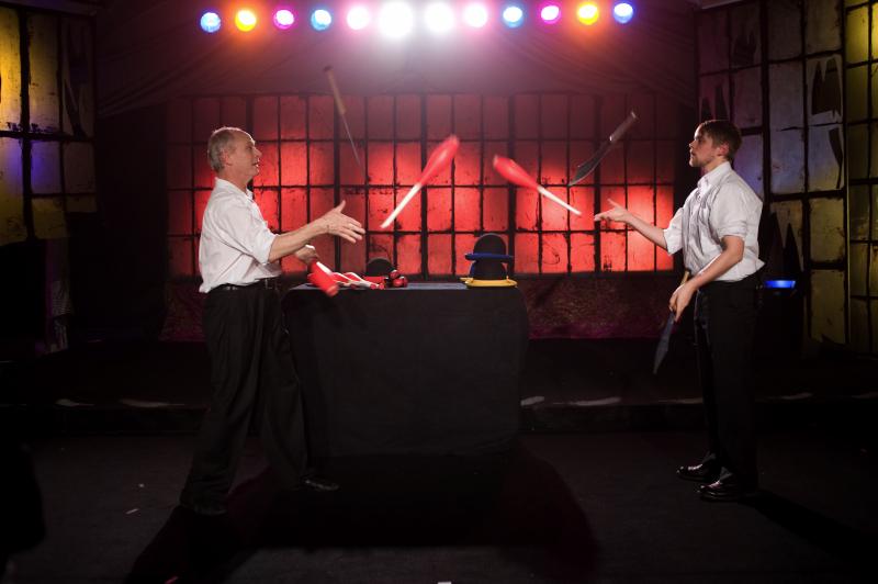 Halifax Circus - jugglers